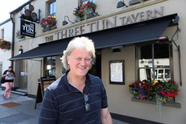 wetherspoons-boss-tim-martin_independent-ie_25w