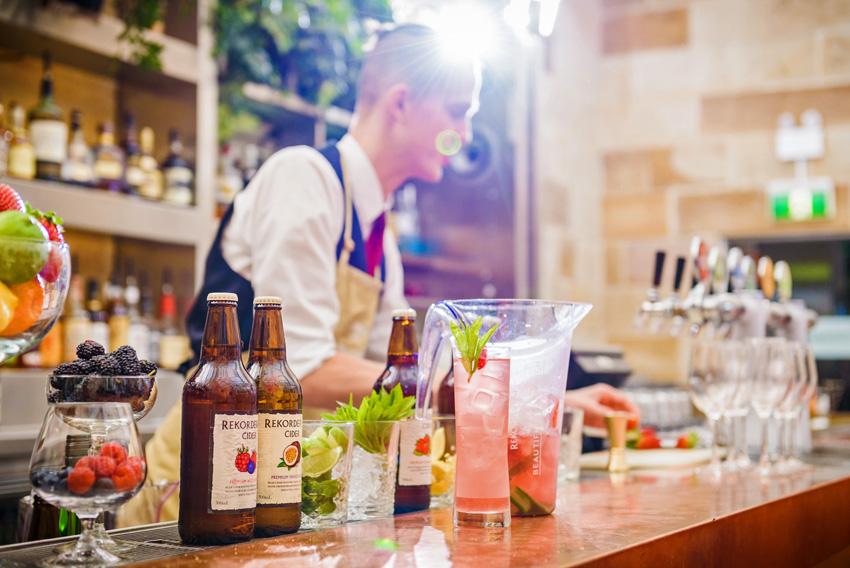 Rekorderlig bartender_adj_LR_30w