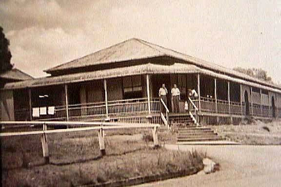 Kandanga Hotel_historic_FB